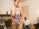 Amazed Guy Watch Brothers BBW Shaking Big Ass in front Of Him